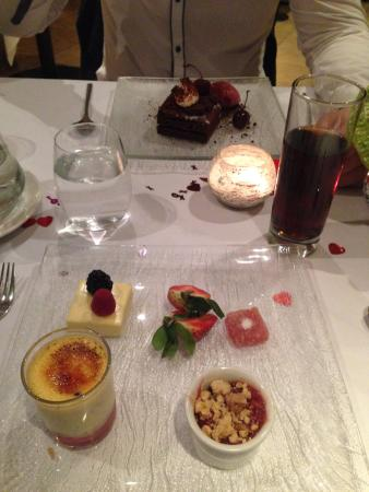 Prestbury, UK: Dessert Selection
