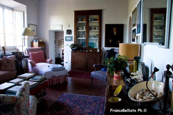 B&B Al di Fuori del Tempo: livingroom/soggiorno