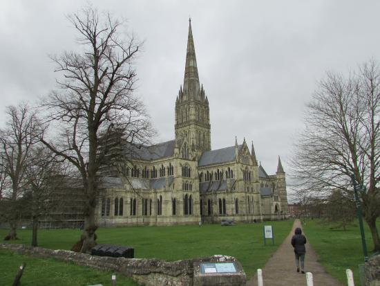 Salisbury, UK: Huge and beautiful