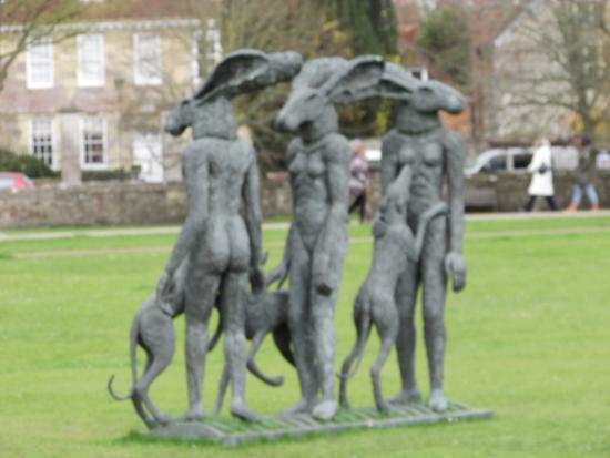 Salisbury, UK: Sculptures exhibition