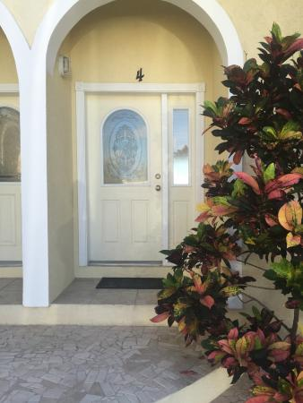 Bodden Town, Grand Cayman: Entrance way
