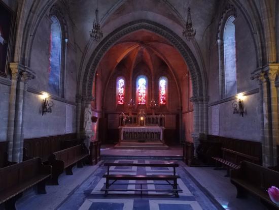 Arromanches-les-Bains, Francia:  Eglise St Pierre