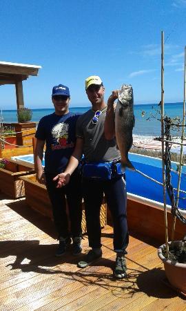 """Cogoleto, إيطاليا: ....ogni tanto qualche pesce """" salta fuori""""...;-);-)"""