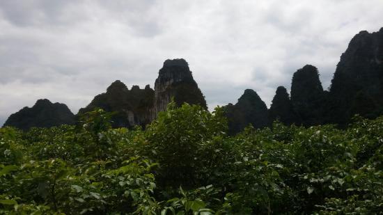 Corridor of Peaks in Western Yingde