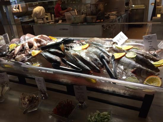 ريال إنتركونتننتال جواتيمالا: Seafood buffet