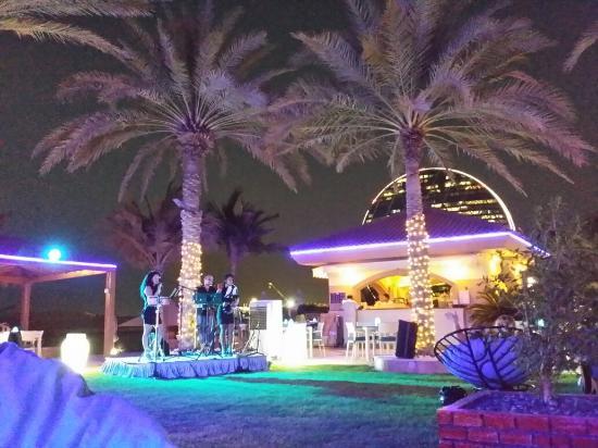 Al Raha Beach Hotel: TA_IMG_20160524_183639_large.jpg