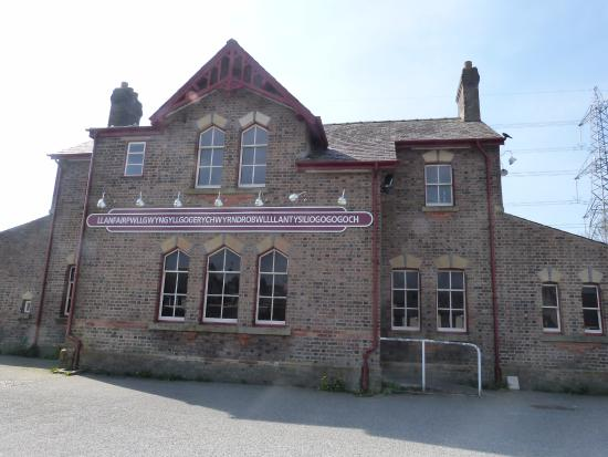 Llanfairpwllgwyngyll, UK: Where it all started