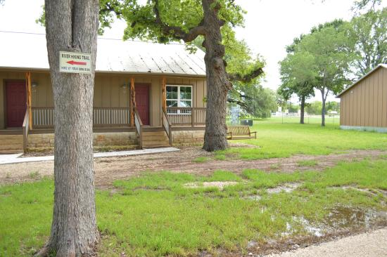 great looking cabins and rooms picture of vineyard trail