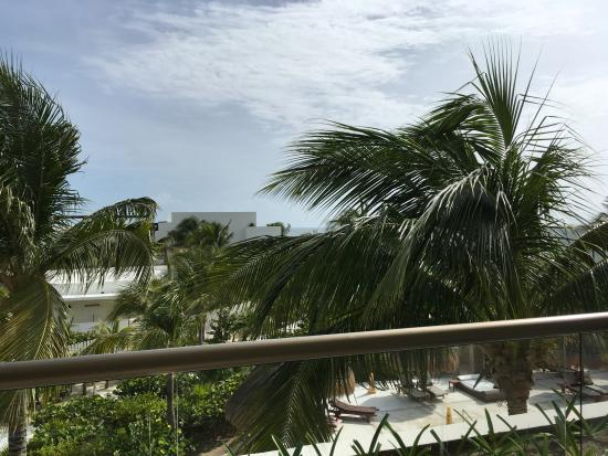 Excellence Playa Mujeres: Can you see the water from our oceanfront room in building 9? Neither could we.