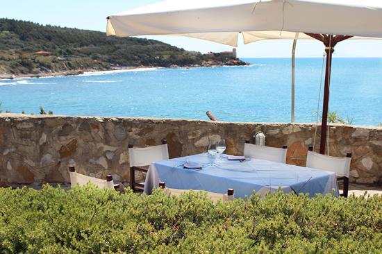 Terrazza vista mare - Picture of Da Gianni Presso Bagni Sama ...