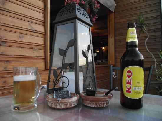 Koloni, قبرص: Costas Koloni Tavern great food, great price, great beer.