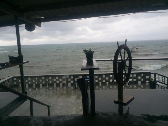 Octopus Garden Hotel & Dive Resort: View
