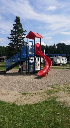 Campers City RV Resort: Playground