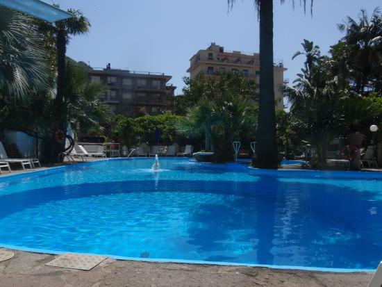 Pool - Reginna Palace Hotel Photo