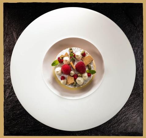 Enoteca Turi: Raspberry semifreddo
