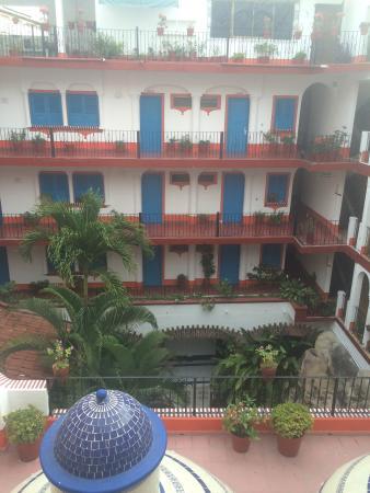 Encino Hotel: photo1.jpg