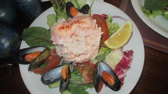 Roundstone, Irland: Krabbenfleisch mit Shrimps