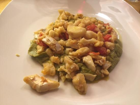 Gambassi Terme, Italia: trippa di baccalà su letto di crema di verdure