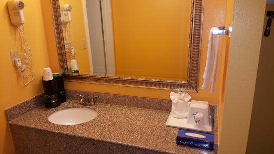 Enterprise, AL: Counter Top Washing Sink with Amenities