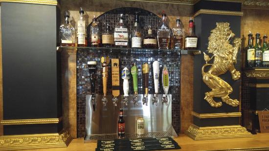 Ligonier, PA: Great selection of beers on draft