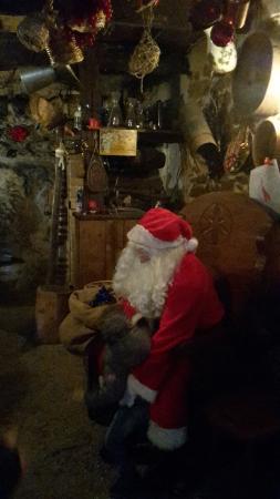Paese Natale Di Babbo Natale.Il Paese Di Babbo Natale Picture Of Collalto Sabino