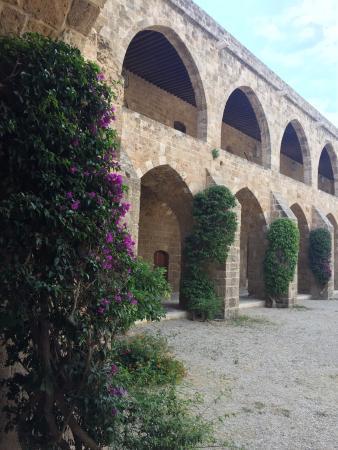 Sidon, Líbano: Khan al-Franj