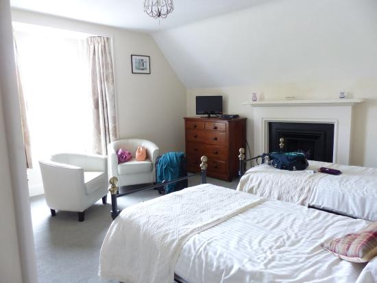 Craigard Guest House: Twin room at the front of the house
