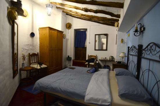 Almedinilla, Spagna: Habitación super acogedora