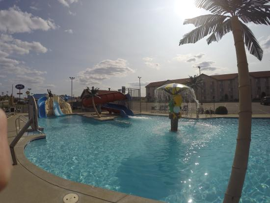 Alakai Hotel and Suites : Outdoor Pool Area #8