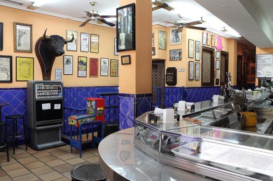Bar Morales El Atómico