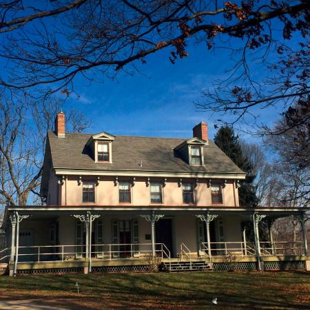 Mount Laurel, NJ: Paulsdale, the childhood home of suffragist Alice Stokes Paul