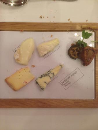 Restaurant Hotel Moosegg: Présentation originale des fromages