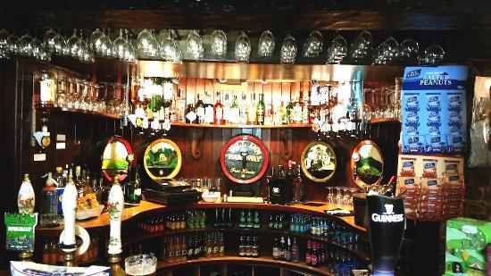 Bruton, UK: Traditional English country pub