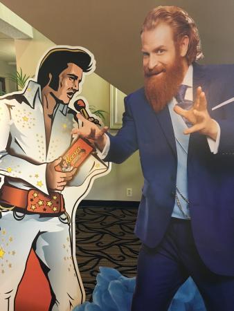 Days Inn La Crosse Conference Center: Elvis Explosion Headquarters