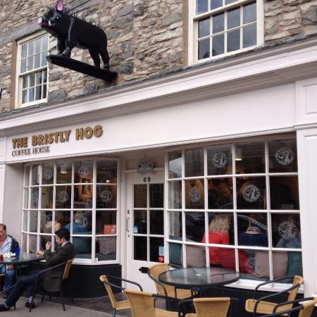 Kendal, UK: front of shop