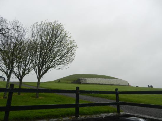 Ganter Chauffeur Drive -Day Tours: Newgrange