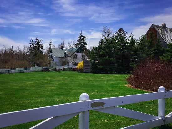 Kensington, Канада: House