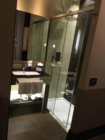 Junior Suite Bathroom Picture of Rome Life Hotel Rome TripAdvisor
