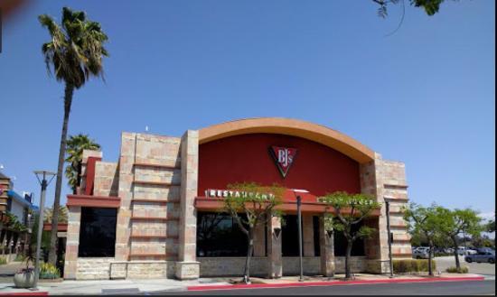 BJ'S - Del Amo Mall (Torrance, CA)