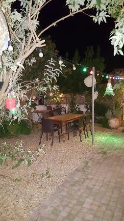 Le patio le soir