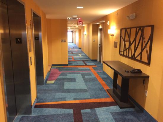 Pontoon Beach, IL: View of interior hallways and views of and from outside
