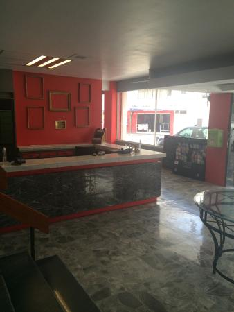 Hotel Nueva Galicia: Recepción