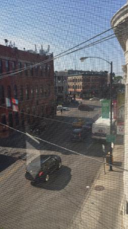 IHSP Chicago Hostel: View from a comfy seat in the corner