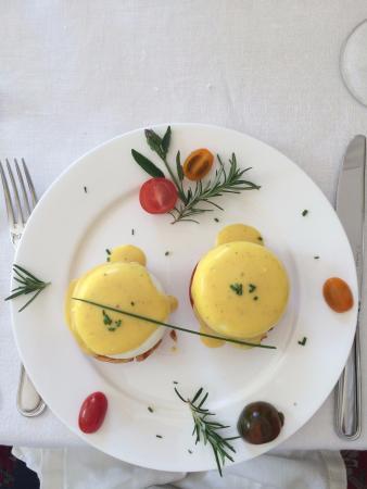 Orange, VA: Eggs for breakfast!