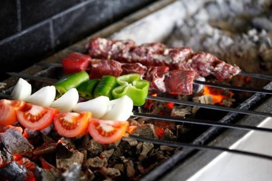 Gobernación de Ammán, Jordania: fresh aloush meat