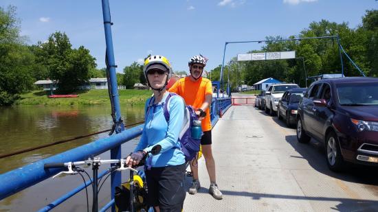 Leesburg, VA: Bikes on ferry