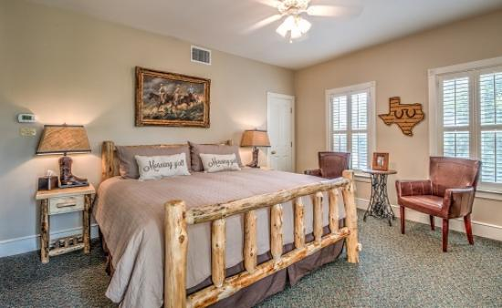 Gruene River Hotel Retreat