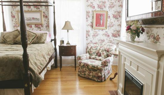 Hopewell Junction, NY: Room 6