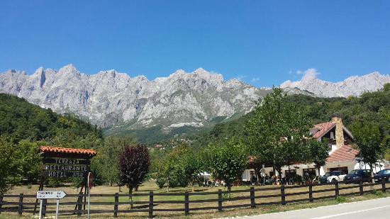 Camaleno, Spanje: Acceso al hotel
