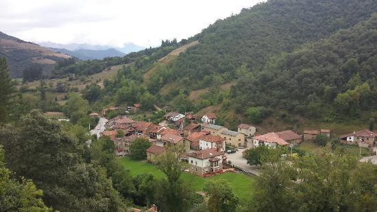 Camaleno, Spanje: Alrededores